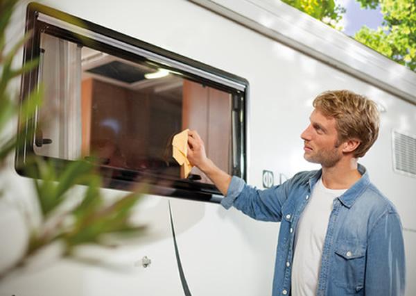 Reinigungsmittel innen und aussen für Wohnmobile und Wohnwägen